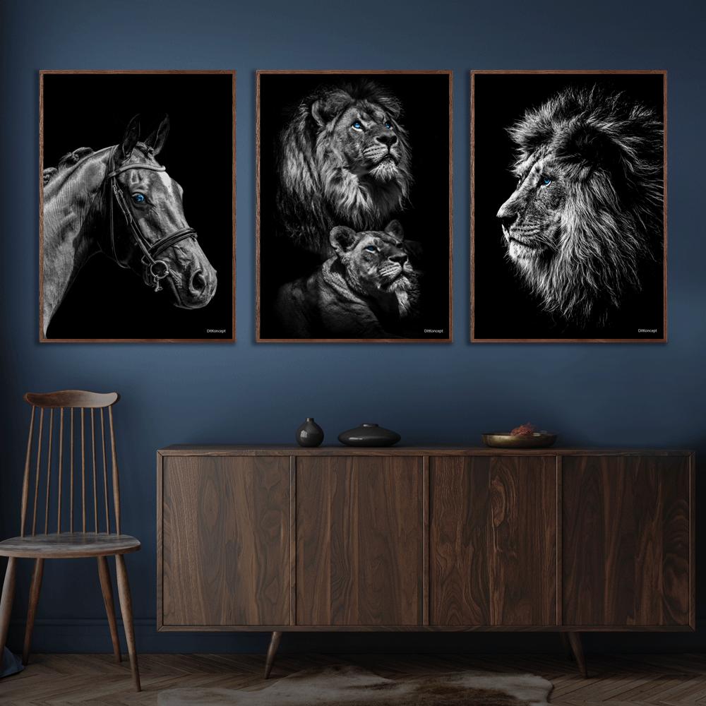 Hest-Power-Couple-Løve-Plakat-Mørkebrune-Plakatrammer-Eg